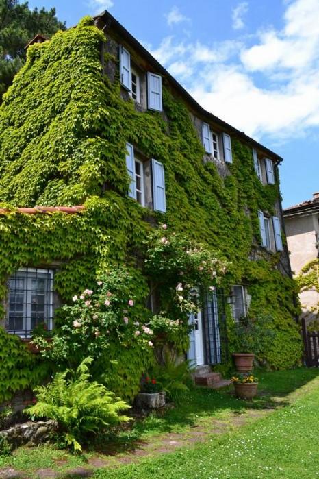 Villas No image